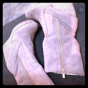 Juicy couture fur lined suede boots 6.5